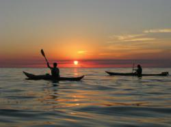 Gi 73946 Kayaking Sunset Tour Lake Erie2
